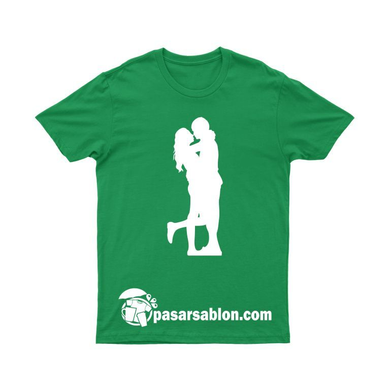 Pasar Sablon Kaos Couple Hug 1