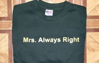 Jasa Sablon Kaos Surabaya Mrs Always Right